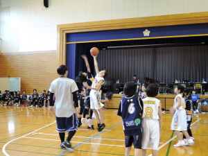 2015.11.01_練習試合港小学校2